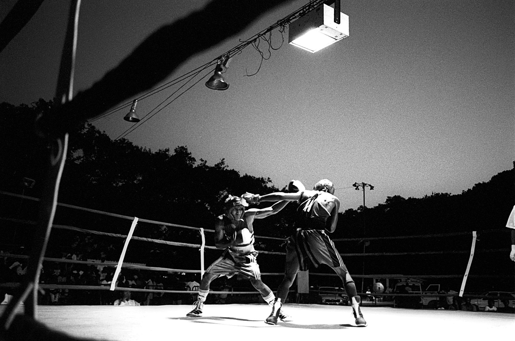 night boxing in Cuba